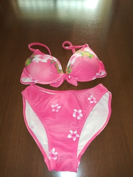 サラサラ ピンク&花柄 水着