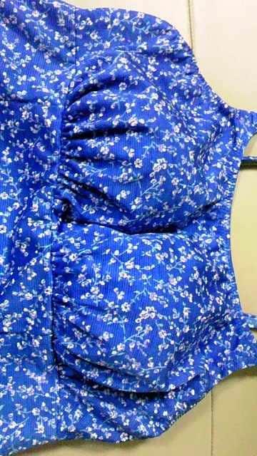 フラワー小花柄〓キャミソールトップス&ショーツ一体型フレアワンピース水着〓ブルー青 M < 女性ファッションの