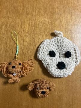 編みぐるみ、かぎ針編みのトイプードル3種、ストラップ.ブローチ