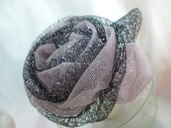 お花コサージュ髪飾りキラキララメ黒ピンク新品ドレス浴衣