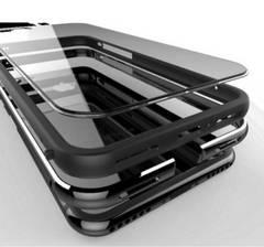 iPhone8 8plusケース アルミ合金(航空機素材)シリコン 二重保護