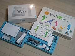 Wii・ホワイトセット・完品+Wii FitPlus+Fitセット