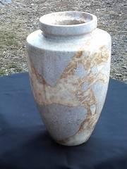 大きい大理石の花瓶