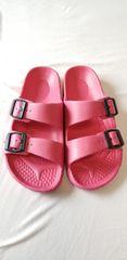 ★可愛いピンク軽量楽ちん♪キュートゴムサンダル海ビーチや川に