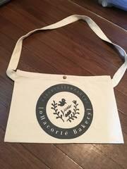 沖縄の大人気ベーカリー屋さんのオリジナルバッグ新品