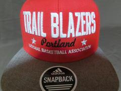 adidas社製 NBA【Portland Trail Blazers】豪華ロゴ刺繍CAP