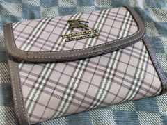 ブルーレーベル 本革製二折財布 ブラウン基調・中古