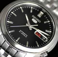 海外モデル≪SEIKO≫セイコー5自動巻き時計 SNK361