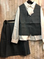 新品☆17号ベストスーツお仕事オフィス♪ブラウス付き☆n484