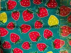 デニム生地55×30cm イチゴ柄