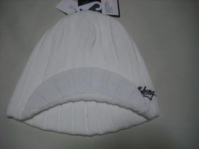 mb124 男 BILLABONG ビラボン 白 つば付き ニット帽  < ブランドの
