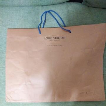 LOUIS VUITTONの紙袋