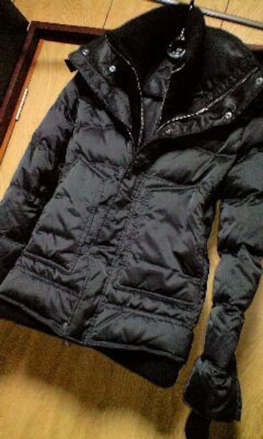 新品 AKM レザー切替レイヤードダウンジャケット S < 男性ファッションの
