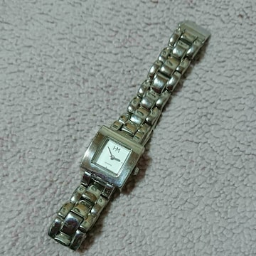 HM シルバー色腕時計