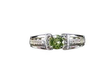 8月誕生石宝石レベルペリドットリング銀925天然石指輪