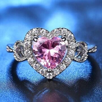 送料込:大きなピンクハートのリング ファッションジュエリー