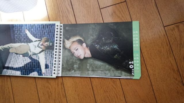 BIGBANG G-DRAGON写真☆ジヨンphotoカレンダー < タレントグッズの