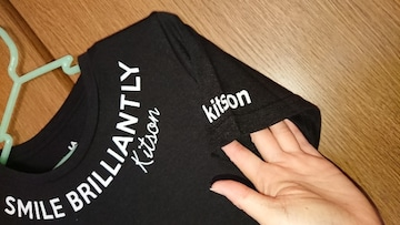 74◆ 【kitson】Tシャツ*ロゴ*黒/ブラック*M