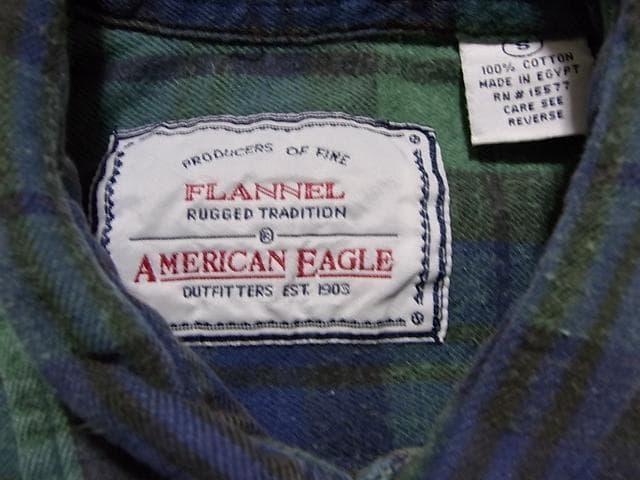 即決USA古着AEアメリカンイーグルチェック長袖ネルシャツ!アメカジビンテージレア < ブランドの