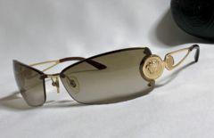 正規美レア hyde着 VERSACEヴェルサーチ メデューサロゴ メタルサングラス金 付属有