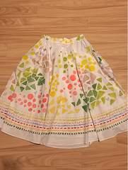 ホコモモラ×のんコラボスカート