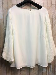 新品☆4Lサイズ袖プリーツの素敵ブラウス♪よそいき白☆n231
