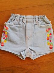 美品ミニKサイドフルーツ刺繍ホットパンツ80