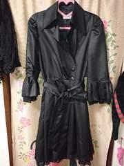 Rue Rueエレガントな、七分丈 フリル付き 黒 春コート