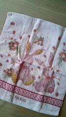 ピンクハウス新品ハンドタオルピンクにうさぎ34×37