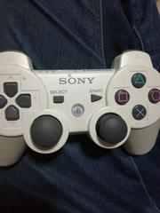 白色の「SONY純正PS3ワイヤレスコントローラー」