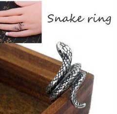 シルバー レディース 蛇 指輪 スパイラル へび スネーク リング