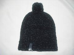 wb440 女 RIP CURL リップカール ボンボン付き ニット帽 黒