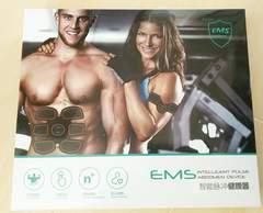 腹筋ベルト*EMS*健腹器