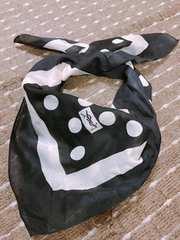 イヴ サンローラン ストール スカーフ 黒 白 水玉 Saint Laurent