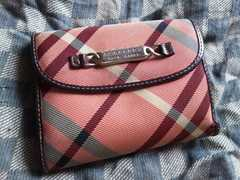 ブルーレーベル 本革製二折財布 ピンク・中古