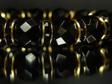 ダイヤのような輝きを放つ??64面カットオニキス12mm数珠ブレスレット
