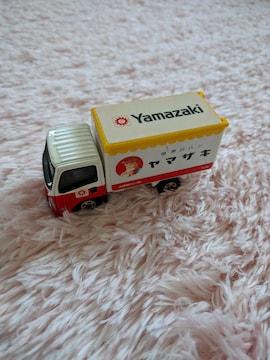 トミカ ヤマザキパンのトラック