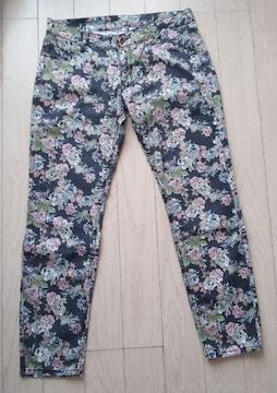 73★L★シックな花柄ストレッチパンツ★美品