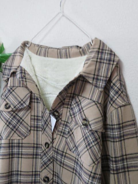 新作◆大きいサイズ4Lベージュ系チェック柄◆裏ボア◆シャツチュニック < 女性ファッションの