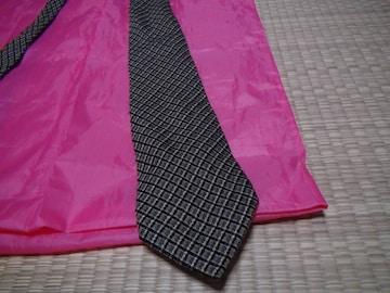 ホビーのシルクのネクタイ 日本製