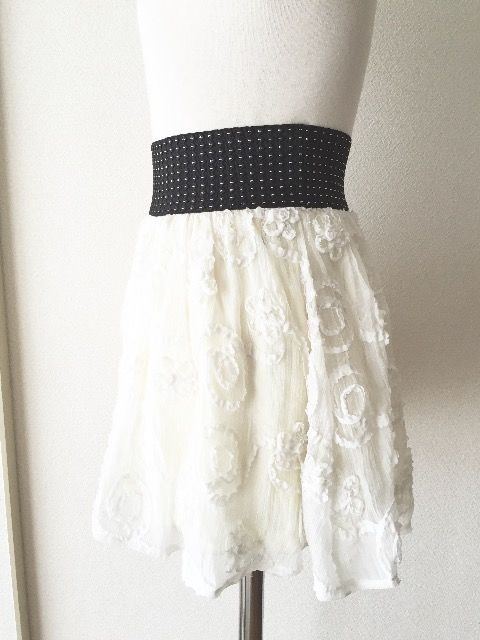 [FREE'S MART]★ホワイトカラー・ふんわりスカート・サイズ[M]★ < ブランドの
