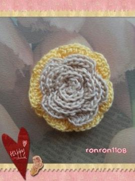 ハンドメイド/手編み♪レース編み2色のお花モチーフ 136