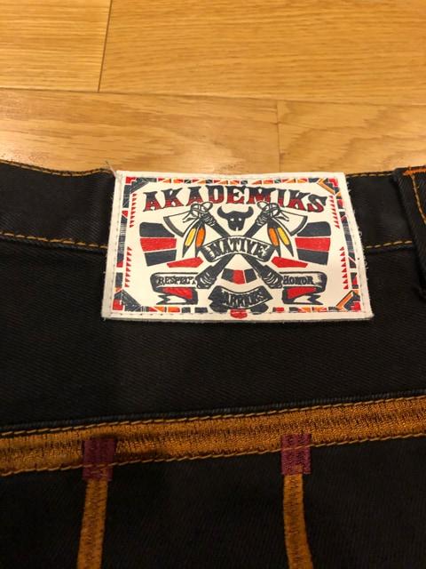Akademiks アカデミクス  インディアン柄刺繍 大きいsizeW38 黒 < 男性ファッションの