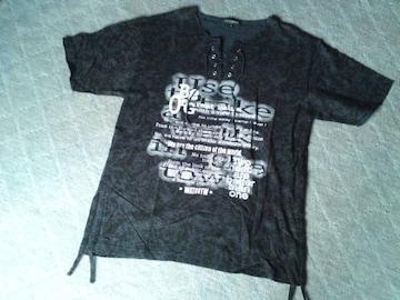 ロゴVネックTシャツアメカジ